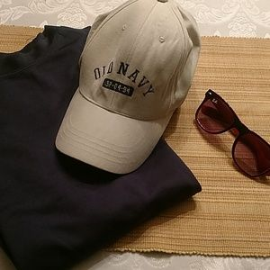 Old Navy Flexseam baseball hat. Size Large/XL